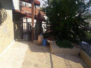Kuşadası'nda kelepir triplex villa
