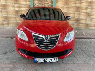 İtalyan Lancia Y-Psilon 2013 Otomatik