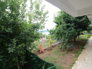 Tarabya'da Bahçeli Merkezi Konum Satılık Daire
