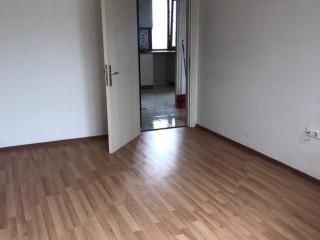 maltepe zümrütevlerde 2+1 80 m2 metroya yakın lüx daire