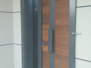 Özel ölçü çelik kapı dış cephe camlı