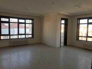 Nişantaşı Mahallesi Nalçacı metronun ARKASI 4+1 200 m2 bürüt 180 m2 net 10