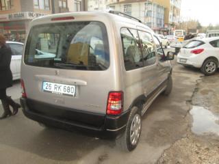 PEUGEOT PARTNER ORİGİN ( YÜKSELTİLMİŞ OUTDOR) 1.6 HDİ - 2012 MODEL - KAZASIZ BOYASIZ - İLK EL - 140000 KM