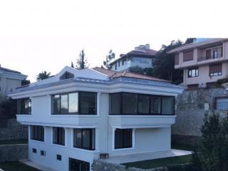 Boğaz Manzaralı Müstakil 6+2 587m2 Villa