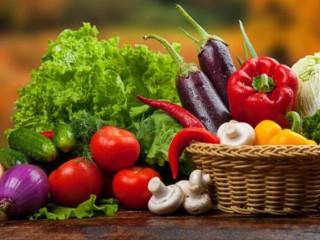 Tarladan tahıl ürünleri alım satımı yapılır.