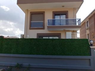Menderes Barbaros Mahallesi Satılık Yeni Tripleks Villa