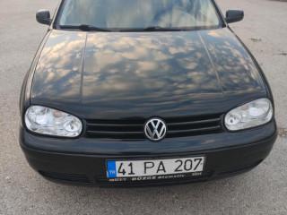 Volkswagen Golf 1.6 Comfortline 2000 Model