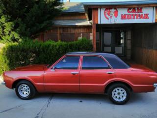 Çift renk Ford Taunus baltaburun .