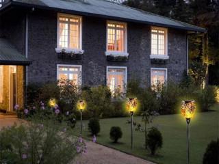 Alev Efektli Solar Bahçe Lambası (51 cm)