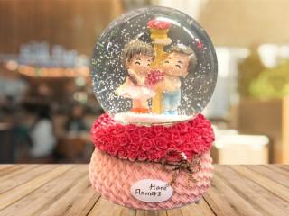 Romantik Kar Küresi