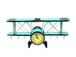 Dekoratif Uçak Tasarımlı Duvar Saati Ve Askılık