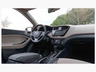 i20 Active otomatik 34 Binde boyasız +lpg +navigasyon